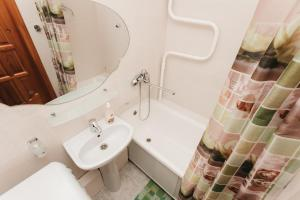 Apartment at Lermontova 15-2, Апартаменты  Екатеринбург - big - 8
