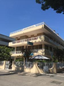 Hotel Fucsia, Szállodák  Riccione - big - 24
