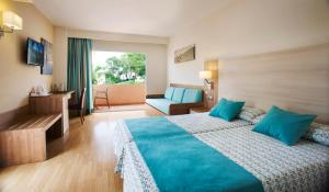 Invisa Hotel Club Cala Blanca, Hotely  Es Figueral Beach - big - 14