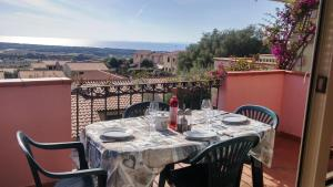 Attico Vista Mare - AbcAlberghi.com
