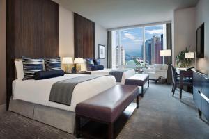 Trump International Hotel & Tower Chicago (12 of 51)