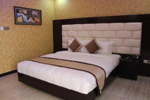 Green View Resort & Convention Center, Курортные отели  Дакка - big - 37