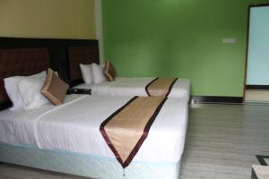 Green View Resort & Convention Center, Курортные отели  Дакка - big - 32