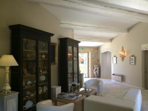 Hostellerie Le Roy Soleil, Szállodák  Ménerbes - big - 29