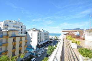 Hotel Mirabella, Отели  Риччоне - big - 23