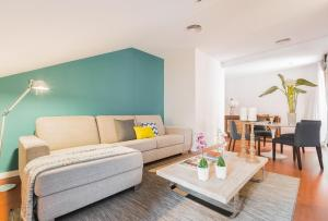 Home Club San Joaquin Apartments, Apartmány  Madrid - big - 22