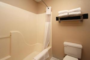 New Victorian Inn and Suites-York