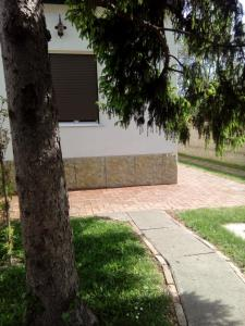 Guest House Zuzic, Guest houses  Zrenjanin - big - 18