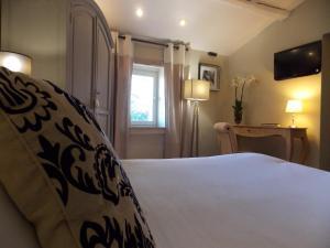 Hostellerie Le Roy Soleil, Szállodák  Ménerbes - big - 2