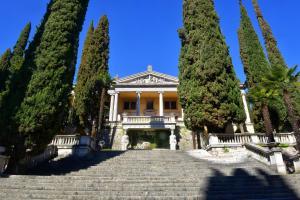 Taverna Affittacamere, Penziony  Gardone Riviera - big - 20