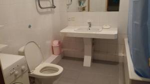 Apartment On Shota Rustaveli, Apartments  Batumi - big - 25