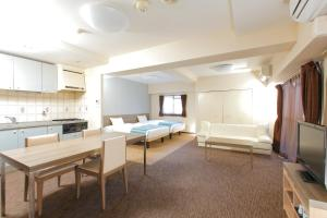 HOTEL MYSTAYS Otemae, Hotels  Osaka - big - 5