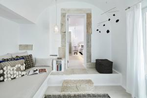 Cosmopolitan Suites - Small Luxury Hotels of the World(Fira)