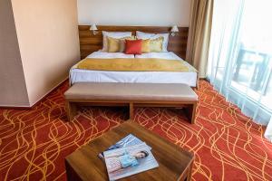 Bonvital Wellness & Gastro Hotel, Hotels  Hévíz - big - 8