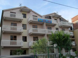 Apartments Hotel AL&DE