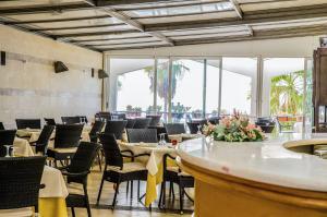 Grand Hotel Victoria, Hotely  Bagnara Calabra - big - 29