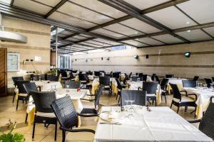 Grand Hotel Victoria, Hotely  Bagnara Calabra - big - 32
