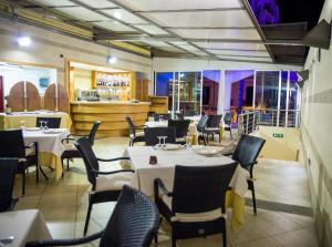 Grand Hotel Victoria, Hotely  Bagnara Calabra - big - 33