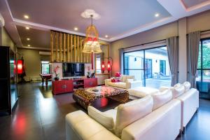 New Modern Pool Villa, Vily  Chalong  - big - 28