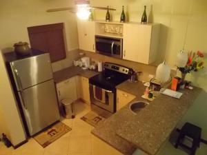 Gold Coast Diamante 14, Apartments  Palm-Eagle Beach - big - 9