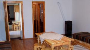 Öreg Bence Háza, Appartamenti  Füzérkomlós - big - 3