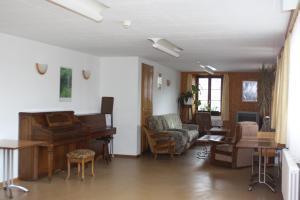 Centre Chrétien La Grange, Penzióny  Auberson - big - 68
