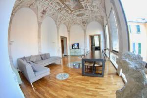 Appartamenti in Villa Bracelli - AbcAlberghi.com