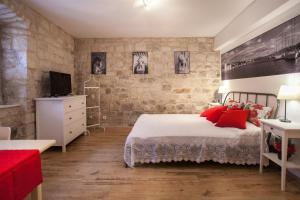 Apartment & Room Ursa, Ferienwohnungen  Trogir - big - 8