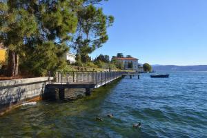 Taverna Affittacamere, Penziony  Gardone Riviera - big - 23
