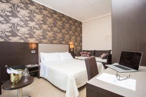 Hotel Lalla - Beauty & Relax, Hotels  Cesenatico - big - 11