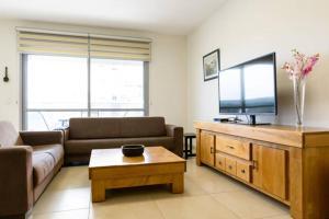 Kfar Saba Center Apartment, Апартаменты  Кфар-Сава - big - 1