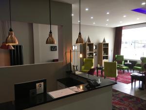 Hotel Fleur-de-Lys, Отели  Ла-Шо-де-Фон - big - 37