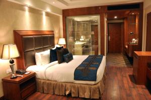 Marina- Shimla First Designer Boutique Hotel, Hotels  Shimla - big - 13