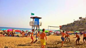 Malaga Beach Holidays, Хостелы  Ринкон-де-ла-Викториа - big - 1