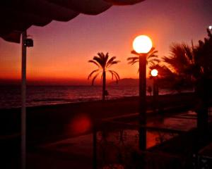 Malaga Beach Holidays, Хостелы  Ринкон-де-ла-Викториа - big - 27