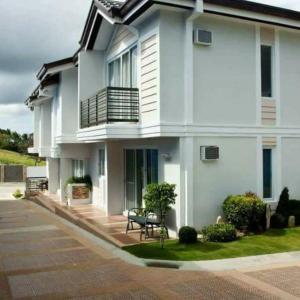 Tagaytay Hampton Villa