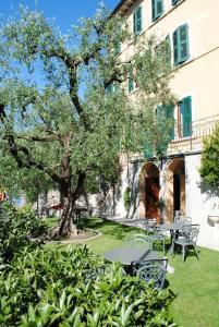 Hotel Tiziana Garnì - AbcAlberghi.com