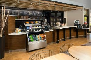 Courtyard by Marriott Tyler, Отели  Tyler - big - 11
