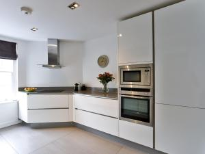 Large Modern Apartment in Baker Street, London, Apartmány  Londýn - big - 18