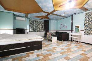 Hotel Que Sera Sera Hirano (Adult Only), Hodinové hotely  Osaka - big - 7