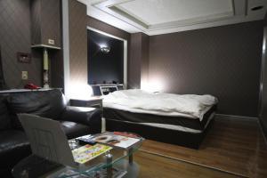 Hotel Que Sera Sera Hirano (Adult Only), Hodinové hotely  Osaka - big - 12