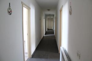 La Roca, Guest houses  Grinţieşu Mic - big - 49