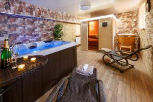 Wellness Apartmány Andrea, Apartments  Zdíkov - big - 62