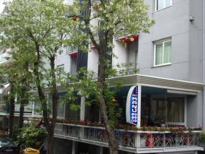 Hotel Manù - AbcAlberghi.com