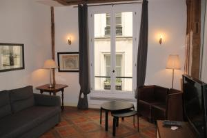 Gregoire Apartment 2nd floor