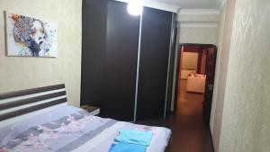Apartment on Xudu Məmmədov 36, Apartmány  Baku - big - 11
