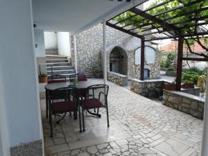 Guesthouse Villa Juric, Guest houses  Crikvenica - big - 7