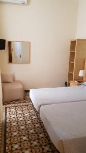 Double or Twin Room with Interior Balcony and with Private Bathroom