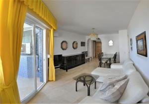 Apartamento Trópico, Апартаменты  Торремолинос - big - 33