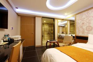 Suwon Orsay Business Hotel, Hotely  Suwon - big - 5